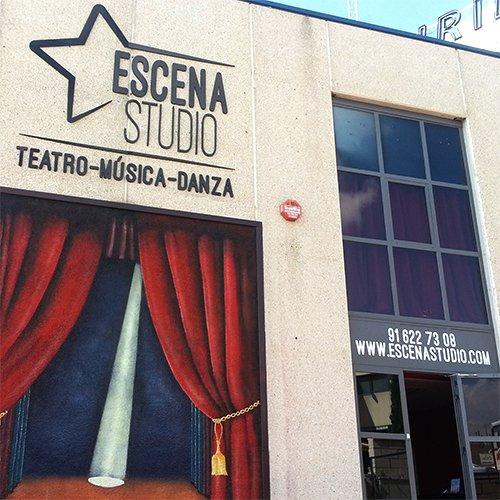 fachada-escena-studio