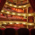 ¿Qué son los Grados de Danza, Teatro Musical, Canto e Interpretación?